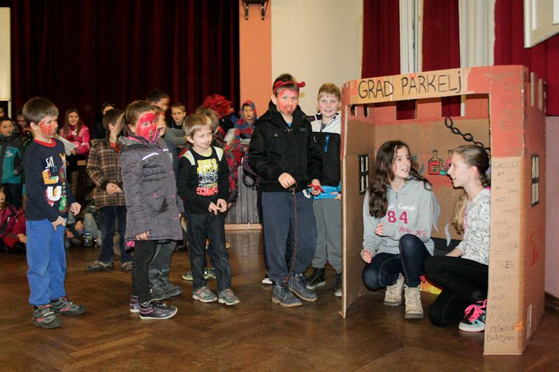 Miklavž obiskal gasilske otroke